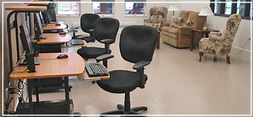 Computer area at Delta King Place